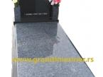 Granitni spomenik 03