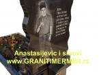 Granitni spomenik 02