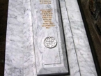 spomenik-01-kamenorezacka-radnja-jaspis-i-sard